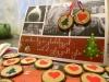 Hjemmelavet julekort, med en lille gave - så er julekortet klar til at blive sendt, med vores lille gave i
